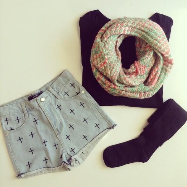 shorts scarf