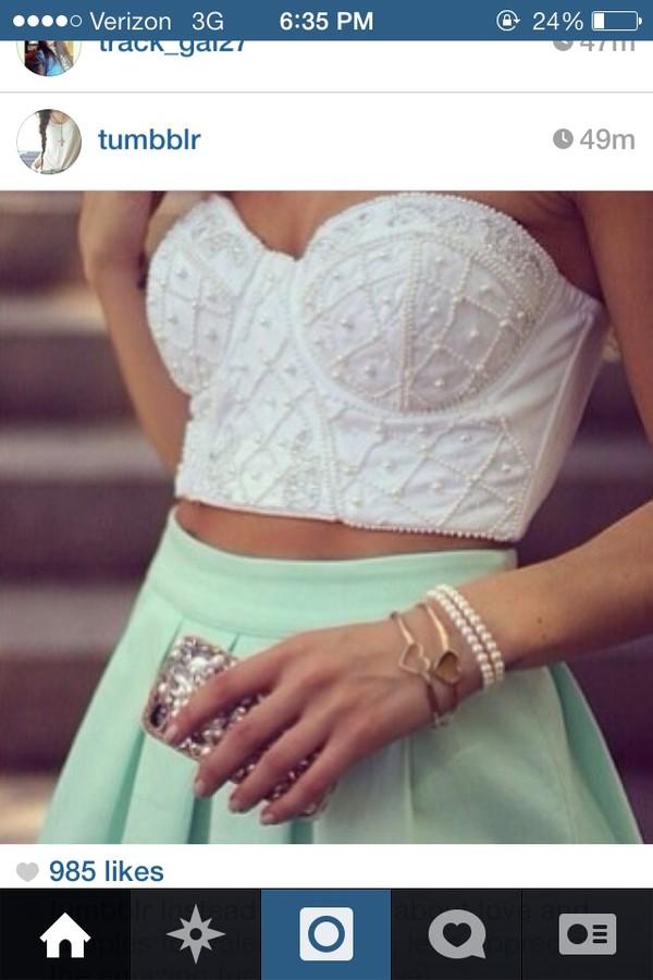 skirt white courset strapless crop tops beaded tank top ring blue skirt teal shirt