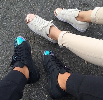 shoes adidas shoes adidas adidas superstars black white sneakers black sneakers white sneakers low top sneakers black and white rose gold metallic shoes metallic metallic toe pink adidas originals black shoes black adidas shoes white shoes ivory off-white dope causal shoes
