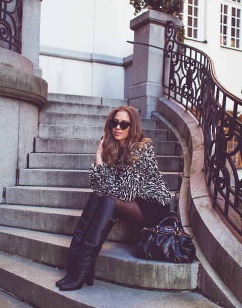 kenza blogger sweater fuzzy sweater cat eye knee high boots leather bag winter outfits