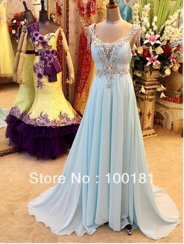 Aliexpress.com : Buy 2013 Newest arrived fairily bridal weding dress LOV 033 feather neckline flowers wedding dress from Reliable dresse suppliers on Suzhou Xinyuyuan Wedding Dress Factory