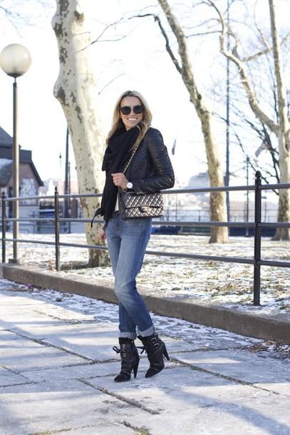 mind body swag blogger black boots black jacket