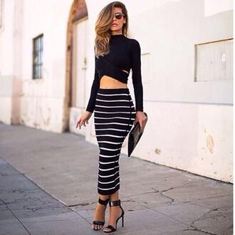 date outfit long sleeves black top black crop top pencil skirt striped skirt stripes black skirt black heels strappy heels black bag skirt stripped skirt midi skirt