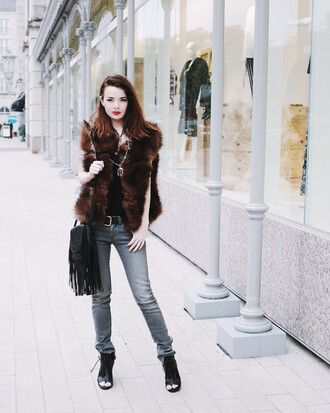 sea of shoes blogger jacket jeans shoes bag jewels