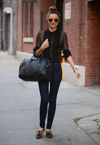 jeans miranda kerr model classy chic summer outfits sophisticated shoes bag blouse