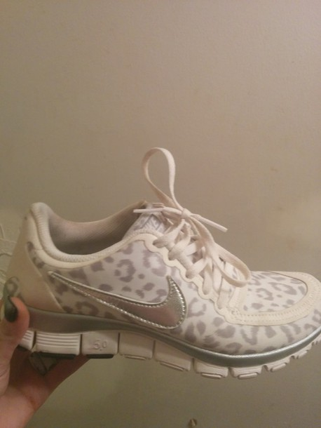 shoes leopard nikes