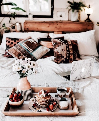 home accessory tumblr home decor tumblr bedroom bedroom pillow bedding boho decor boho boho chic gypsy vase home furniture tray wood marble computer case technology lazy day cozy lifestyle
