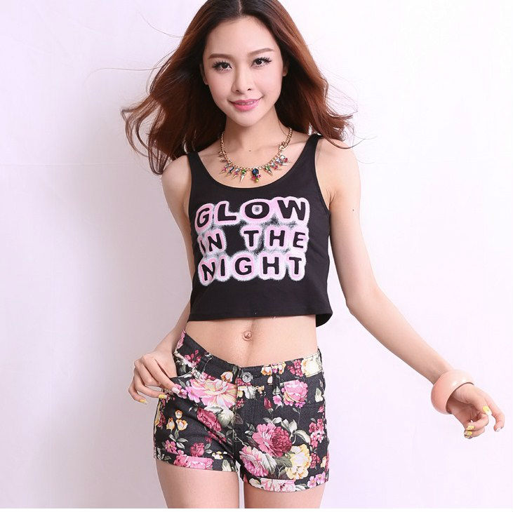 New Cotton cloth Skinny Mid Button Fly Floral Appliques Women shorts Size S M L E0008-in Shorts from Apparel & Accessories on Aliexpress.com