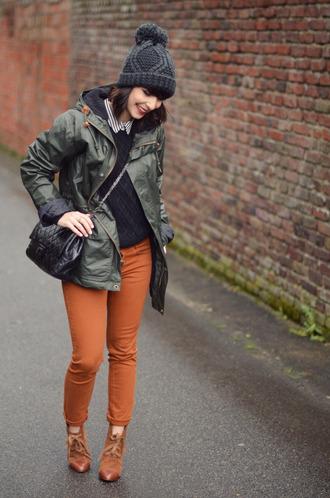 jeans t-shirt coat shoes jewels valentine beanie
