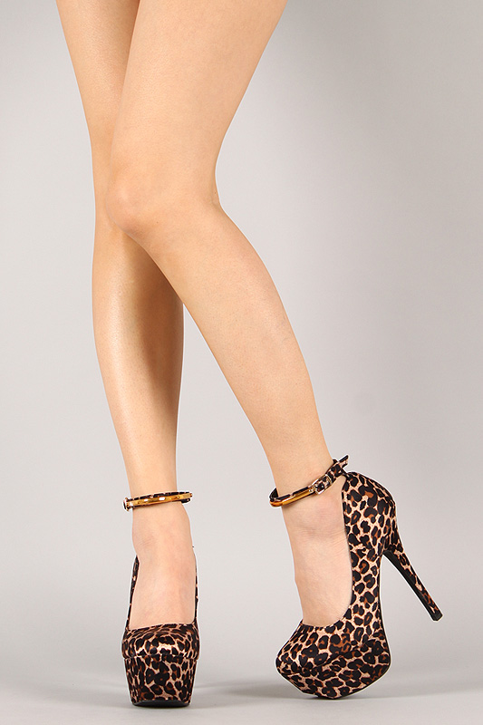 Qupid Psyche-46 Leopard Ankle Strap Stiletto Platform Pump