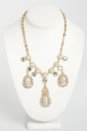 Pretty Rhinestone Necklace - Pearl Necklace - Gold Necklace - $18.00