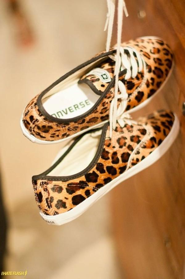 shoes converse leopard print leopard print sneakers panterprint panter leopard print adorable shoes converse low leopard print
