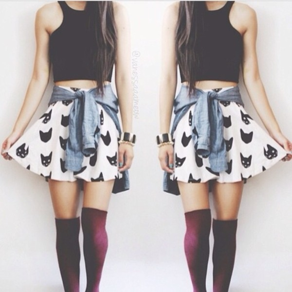 skirt knee high socks knee high socks blackcroptop sweater light blue shoes