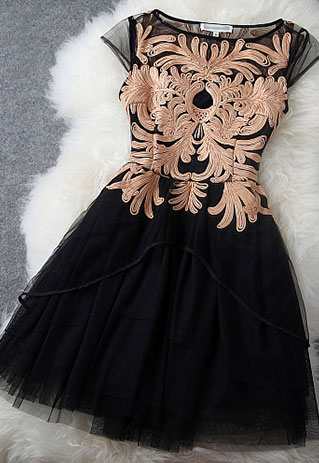Elegant Sweet Floral Embroidered Contrast Color Dress [grzxy6600924] on Luulla