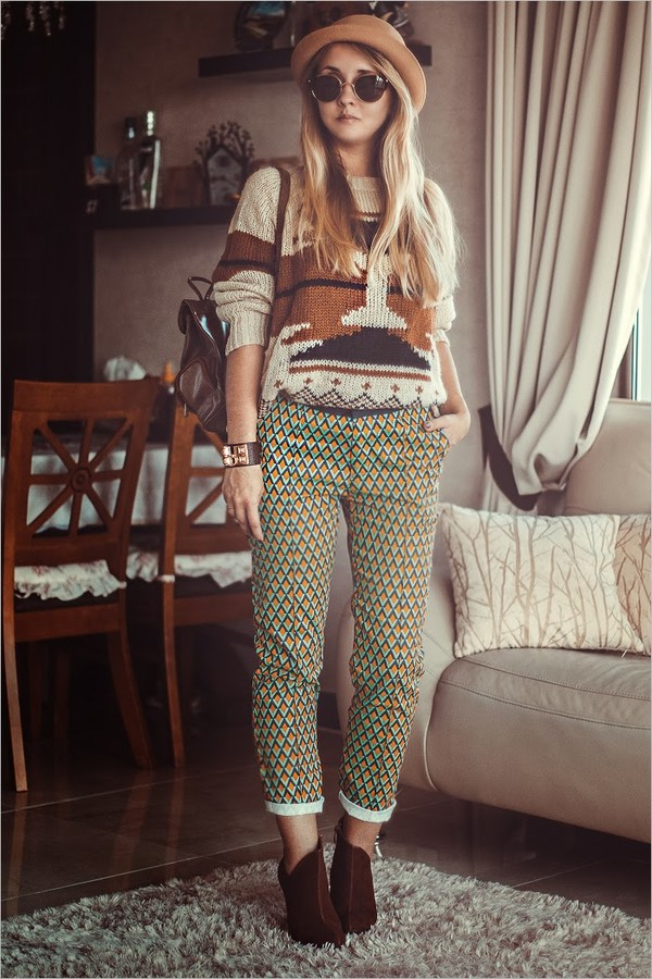 my blonde gal pants sweater hat sunglasses shoes jewels