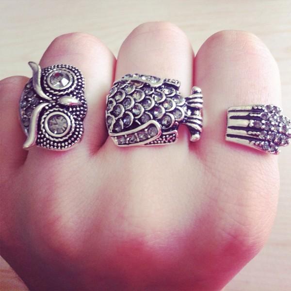 jewels ring hiboux six girly grey diamonds mickey mouse hands diamond supply co.