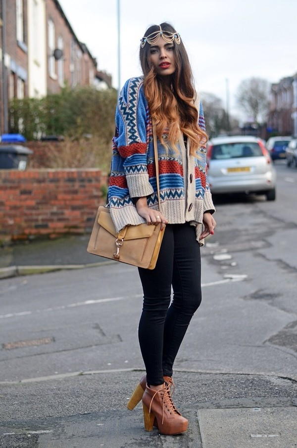 sweater shorts jeans shoes bag