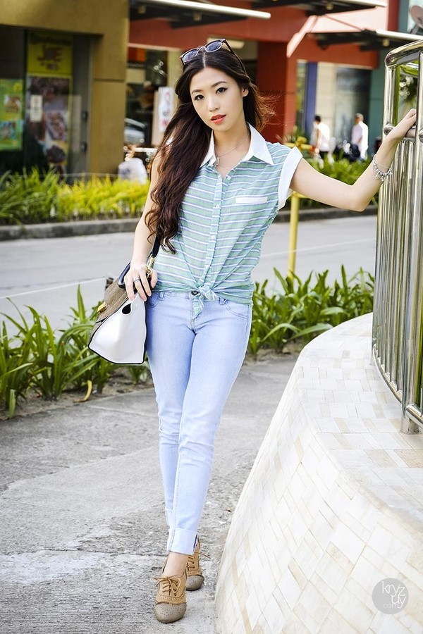 kryzuy pants bag sunglasses jewels blouse