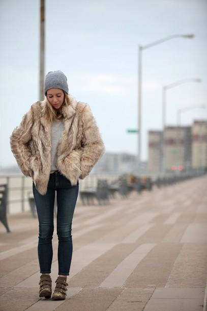 brooklyn blonde blogger coat shoes hat