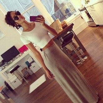 skirt grey white crop maxi skirt crop tops t-shirt nastygal shirt sunglasses blouse beige tank top