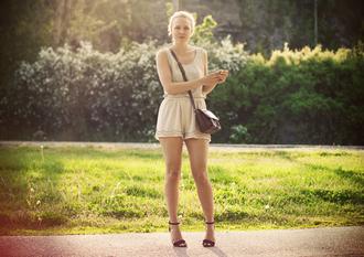 bag t-shirt shoes shorts elenita