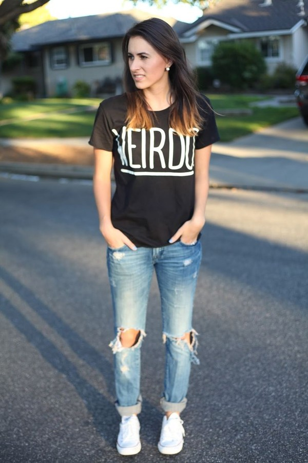 shirt black white denimn ripped jeans weirdo t-shirt whoes stree style cute