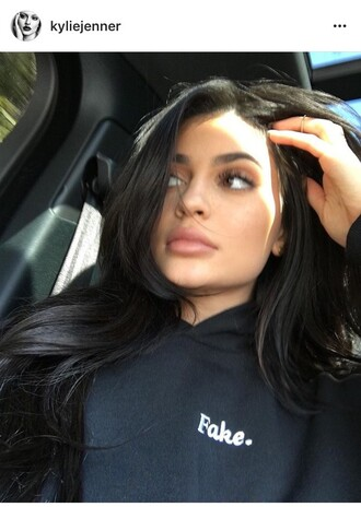 sweater kylie jenner black top hoodie embroidered black sweater make-up black hoodie shirt kardashians lipstick celebrity style fall outfits fall sweater hairstyles hair celebrity jumper cotton style scrapbook