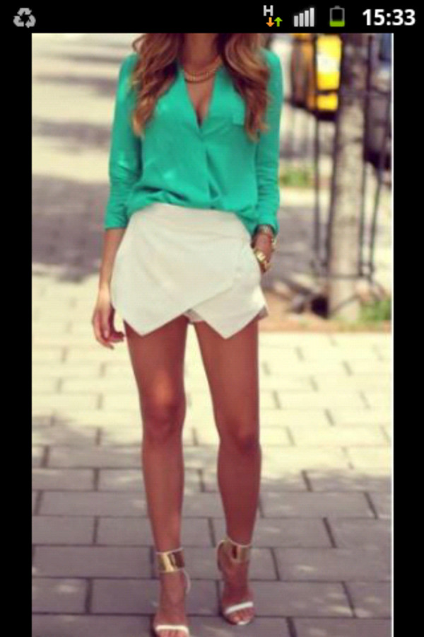 blouse shorts shoes