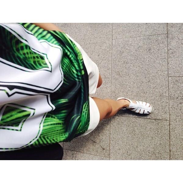 t-shirt 80 green black white tropical