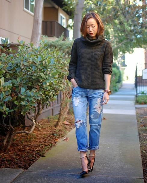 monkeyshines blogger sweater shoes
