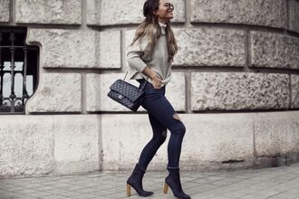 frassy blogger sweater jeans shoes bag chanel bag grey sweater ankle boots skinny jeans