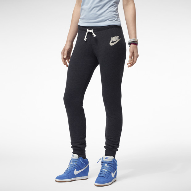 Nike Store. Nike Rally Tight Women's Pants