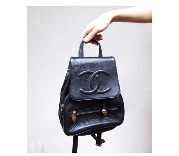 bag leather black chanel embossed backpack vintage black bag details
