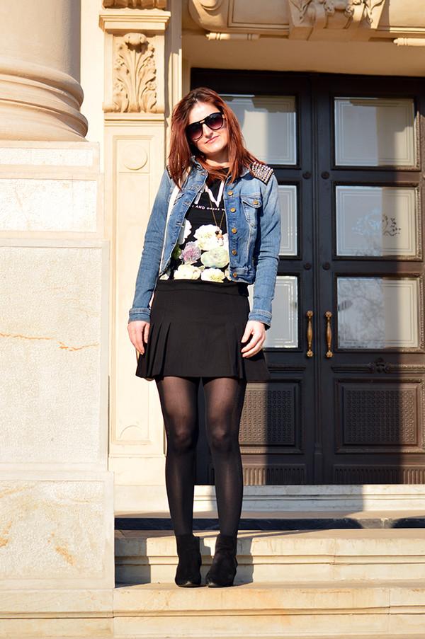 un strop de culoare jewels jacket blouse bag skirt sunglasses shoes dress