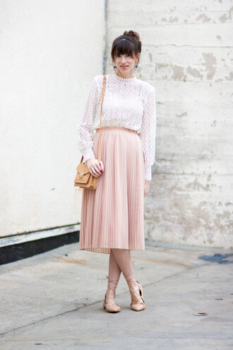 jeans and a teacup blogger top skirt jewels bag pleated skirt pink skirt white blouse flats shoulder bag