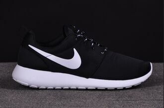 black white nike roshe run nike authentics shorts shoes