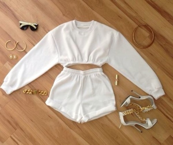 shorts white on white trendy shirt sweater white jewelry jewels white shorts two-piece white crop tops High waisted shorts cropped sweater jacket top crop tops sweatshirt jersey cropped sweaterr cropped sweater