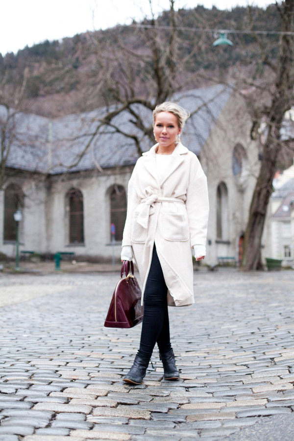 cath in the city coat t-shirt bag shoes
