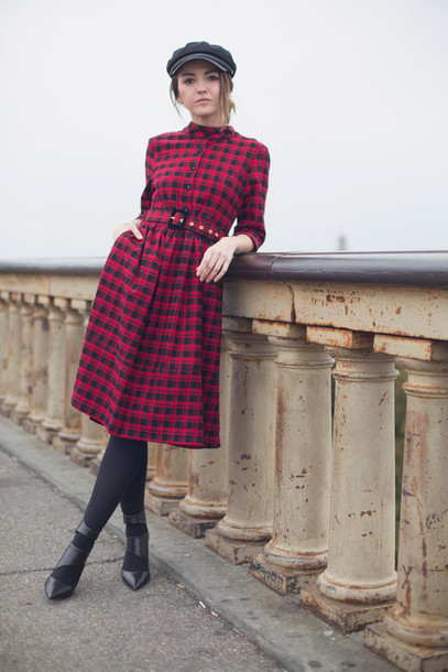 lovely pepa blogger fisherman cap red dress winter dress