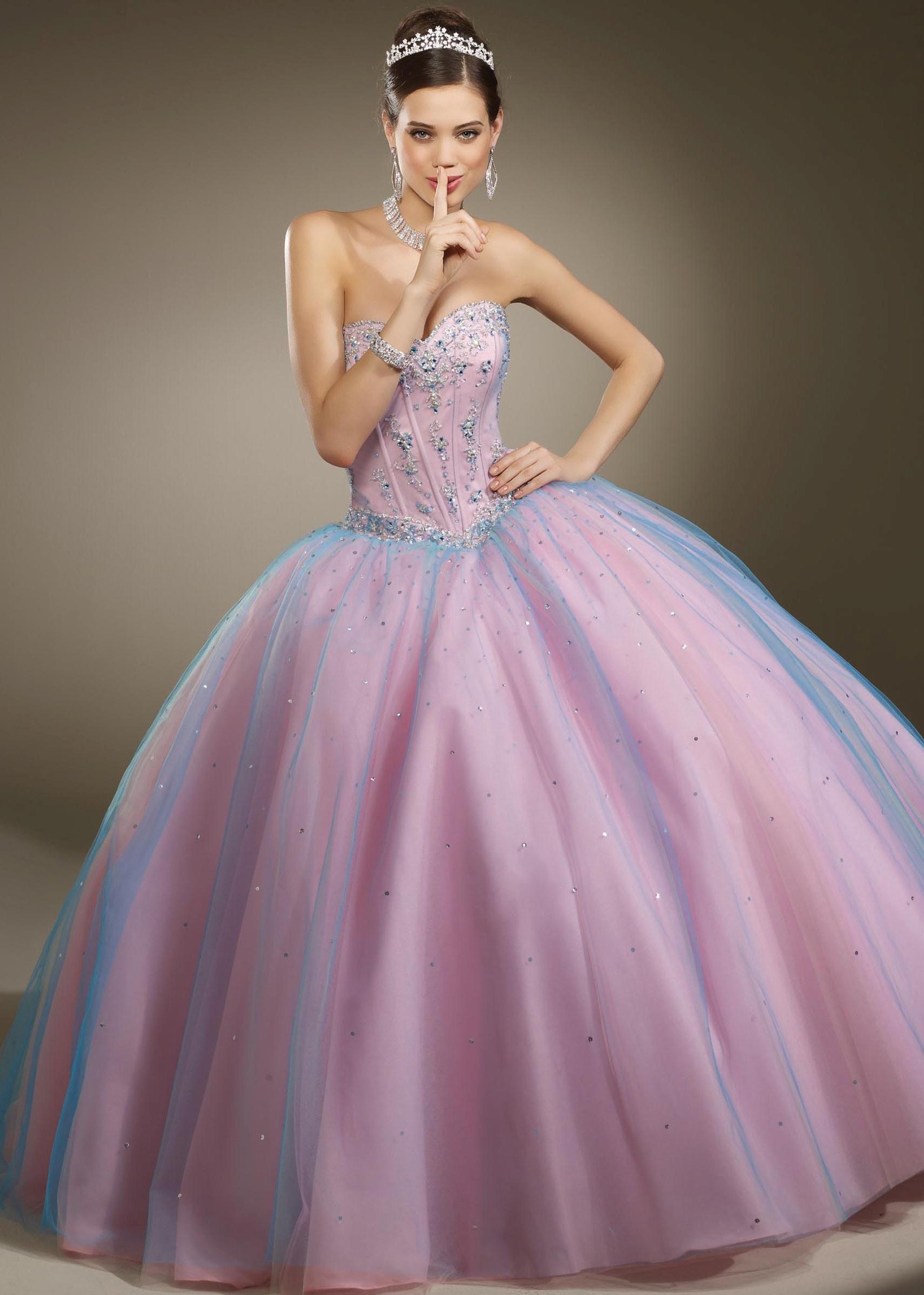 Fantastisch Poofy Prom Kleid Galerie - Brautkleider Ideen - cashingy ...
