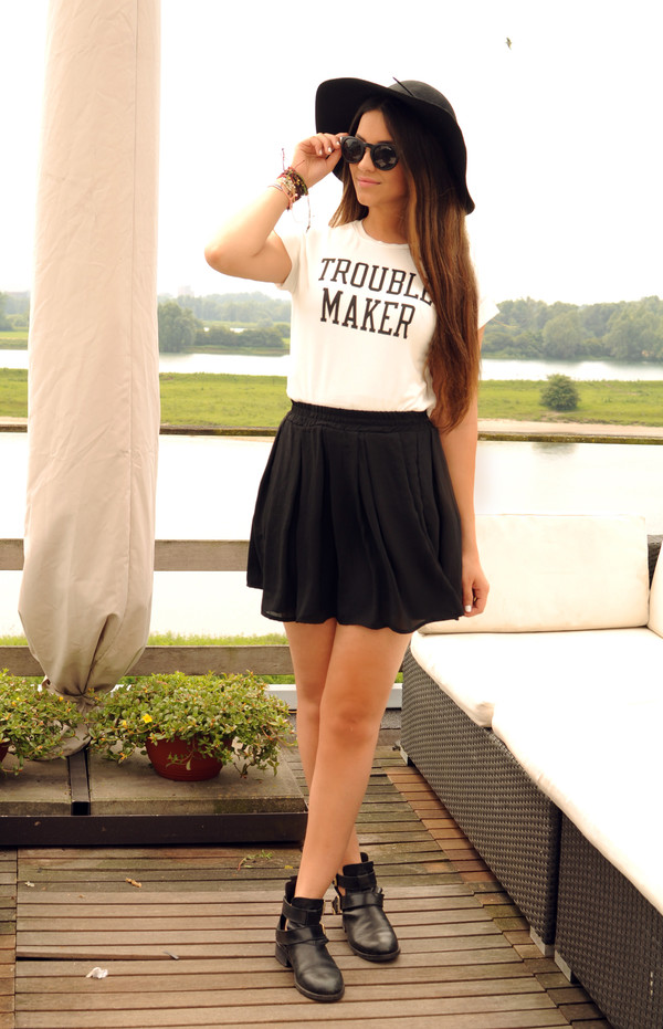 satisfashion top skirt hat jewels shoes
