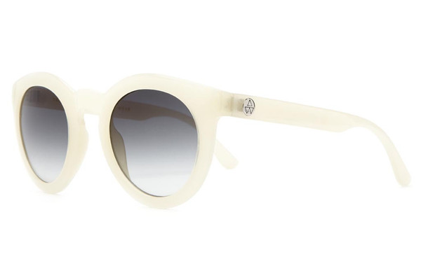 The T.V. Eye - Agenda WMNS Semitranslucent White w/ Grey Gradient CR-3 | CRAP Eyewear