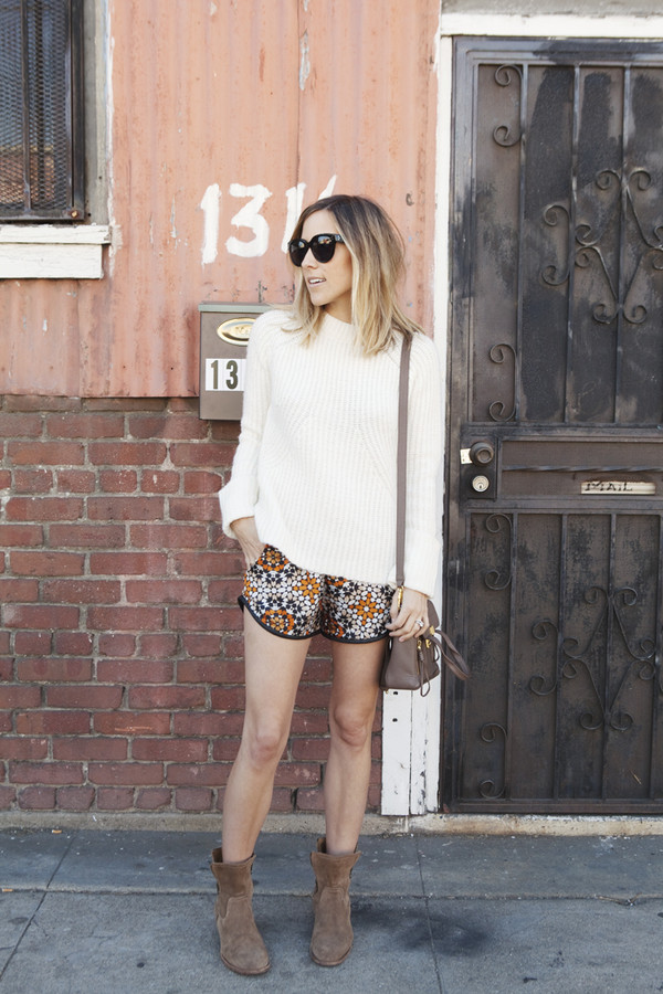 damsel in dior sweater shorts shoes
