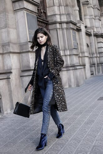 fake leather blogger coat jacket jeans shoes bag jewels sweater blouse black blouse black bag ankle boots winter outfits