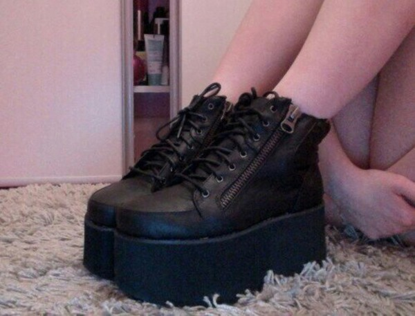 shoes platforms black fashion