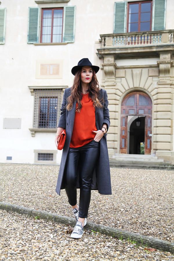 irene's closet bag t-shirt coat shoes hat