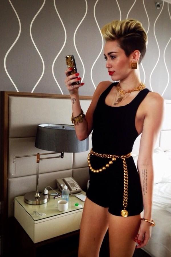 shorts miley cyrus romper black gold gold chain waist chain jewels
