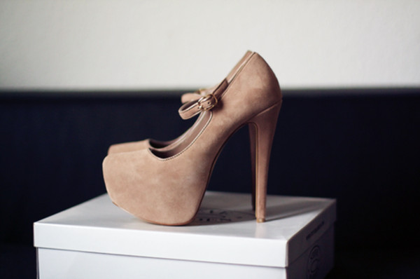 shoes nude high heels beige shoes elegant