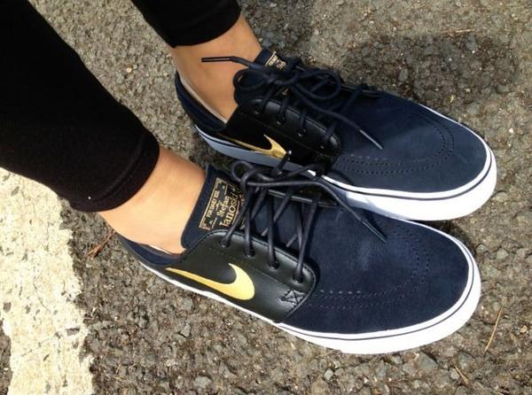 shoes nike nike sb black leather gold sportswear dark blue