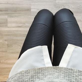 pants leather pants jeans leather leggings pleated pants leggings black leather black leather leggings textured textured leggings textured leather leggings textured black leather leggings details black leggings texture black leather pants